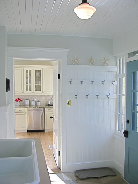 mudroom, laundry room, wrapping room, south shore decorating, decorating, interior decorating, interior design, design, interiors, best interior decorators, best interior designers, interior design ma, interior decorating ma, best design blogs, best interior design blogs, top decorating blogs, Stacy Curran, living Rooms, dining rooms, family rooms, kitchens, bedrooms, children's rooms, girl's room, boy's rooms, finished basements, room photos, bathrooms, master bedroom, decorated rooms, room images, black and white room, blue room, green rooms, white rooms, DIY, do it yourself
