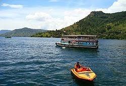 Cerita Asal Usul danau toba dalam bahasa inggris dan terjemahannya