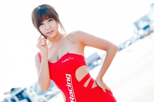Ryu Ji Hye sexy girl korea red skirt at racing car Part 1 ...