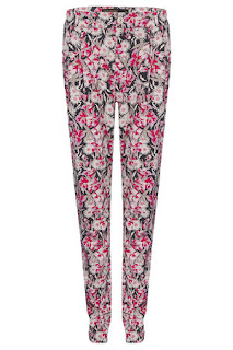 aura Whitmore, MTV, Floral Print, Straight Leg, Trousers, Jaro, Party
