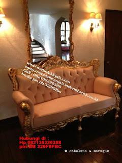 Toko mebel jati klasik jepara,sofa cat duco jepara furniture mebel duco jepara jual sofa set ruang tamu ukir sofa tamu klasik sofa tamu jati sofa tamu classic cat duco mebel jati duco jepara SFTM-44052