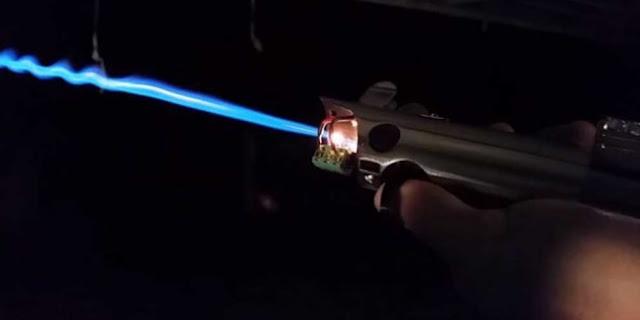 Ini Dia Caranya MemBuat Pedang Lightsaber Star Wars