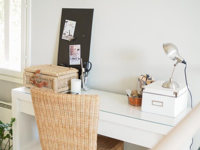 skandinaavinen sisustus työpiste työhuone minimalistinen kodikas työpiste