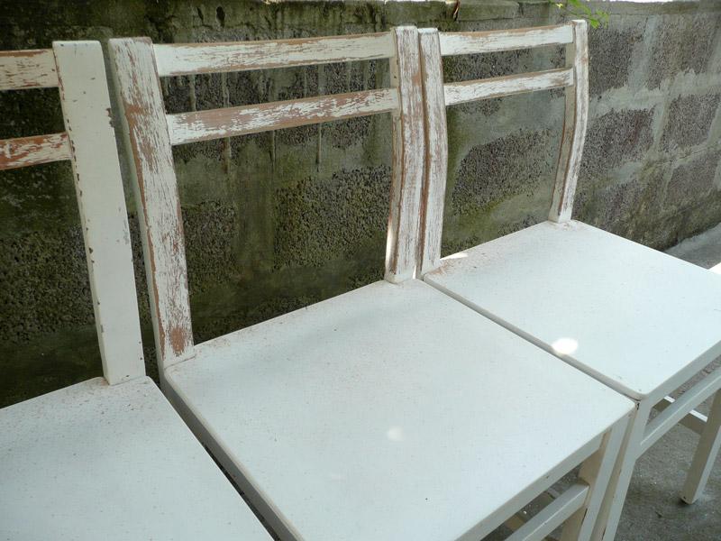 Sedie Dipinte A Mano : Decomondo: decorazione: come logorare ed invecchiare delle sedie