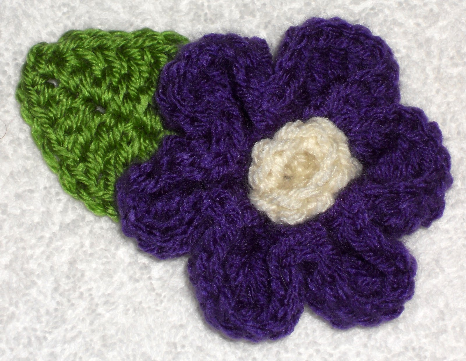Crafty Woman Creations: Pretty 6 Petal Flower
