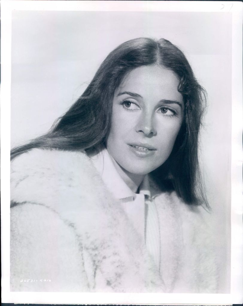 Joan Hackett Nude Photos 79