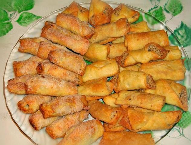 Пирожные с сухофруктами и орехами
