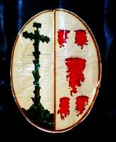 Emblema actual de la hermandad de la Santísima Vera Cruz de Sevilla. Foto G. Márquez