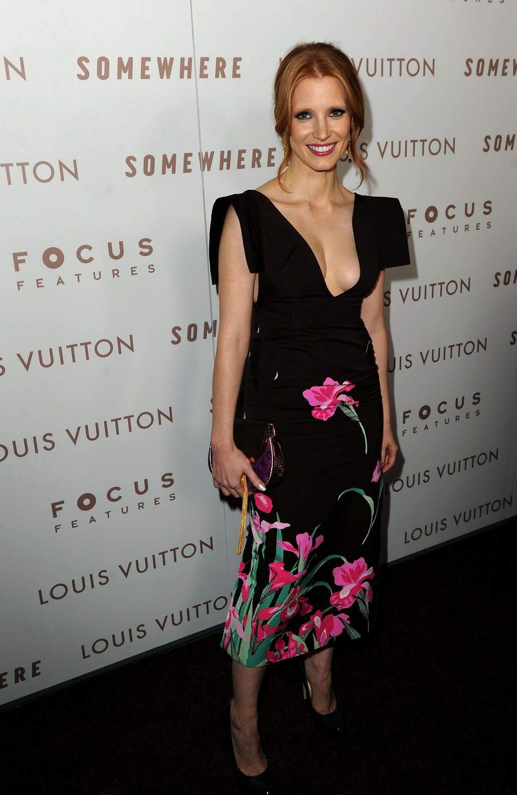 http://1.bp.blogspot.com/-RY_0Eq02GSY/TyEEQ0KgTPI/AAAAAAAAAik/DlQT2zoIwec/s1600/Jessica_Chastain+6.jpg