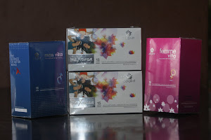 Catalyst Men Vita (biru), MeXora (putih), Femme Vita (pink)