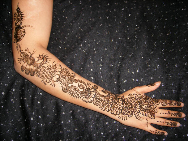 Mehndi Tattoos For Arm : Beautiful girls photos and fashion world updates full arm