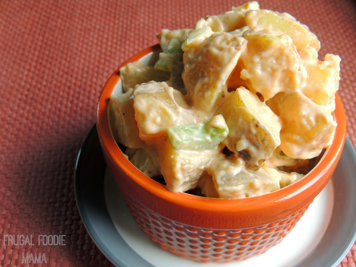 Creamy Buffalo Ranch Potato Salad via thefrugalfoodiemama.com - traditional potato salad gets a game day makeover #hometailgate
