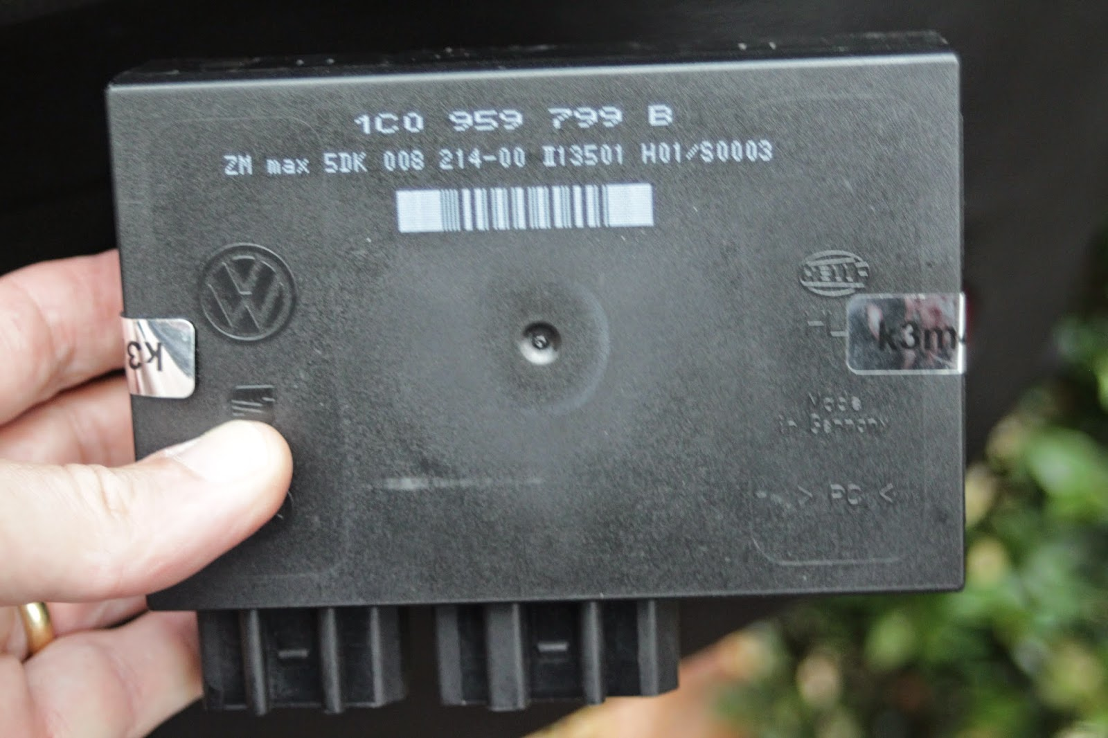 Photo of a CCM module from a VW Golf - Part 1C0 959 799B
