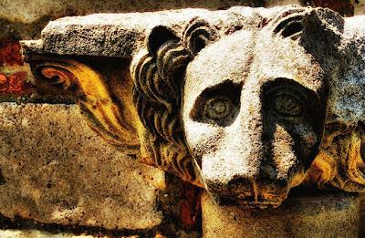Ci sono prove che i nomi delle divinità greche e molte parole greche provengono dalla lingua albanese - North American Review