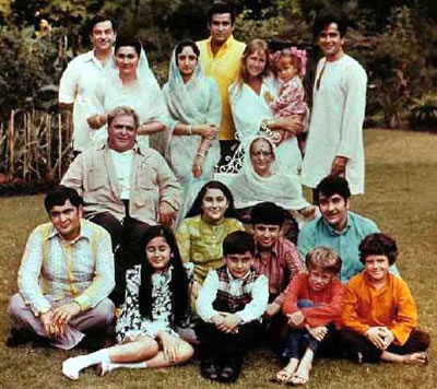 Rishi kapoor movies list, Songs, Children, Movies, Pictures, Family ...