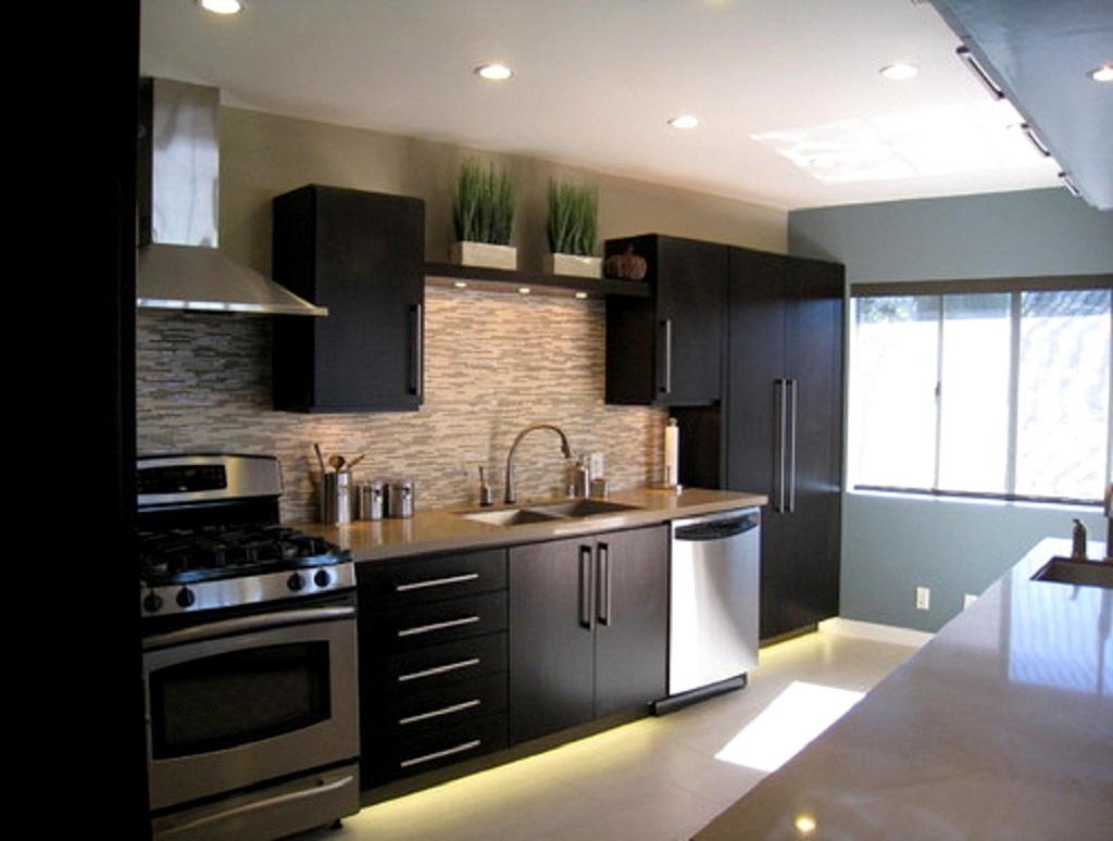 Tips Ways To Make A Small Kitchen Look Bigger Idea