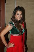 Naziya hussain latest glamorous photos-thumbnail-8