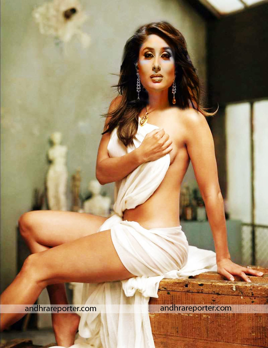 Kareena Kapoor Hot Sexy Wallpapers