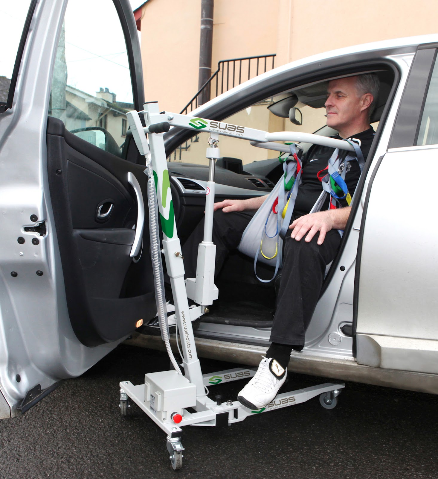 Lift For Disabled Person : Mobility products for disabled people suas portable hoists