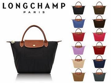 No ano seguinte a marca francesa deu mais uma demonstração de ousadia ao  lançar no mercado uma coleção de bolsas assinada pela modelo Kate Moss, ... bb4a26de5f