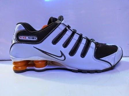 Sepatu Nike Shox nz 2015