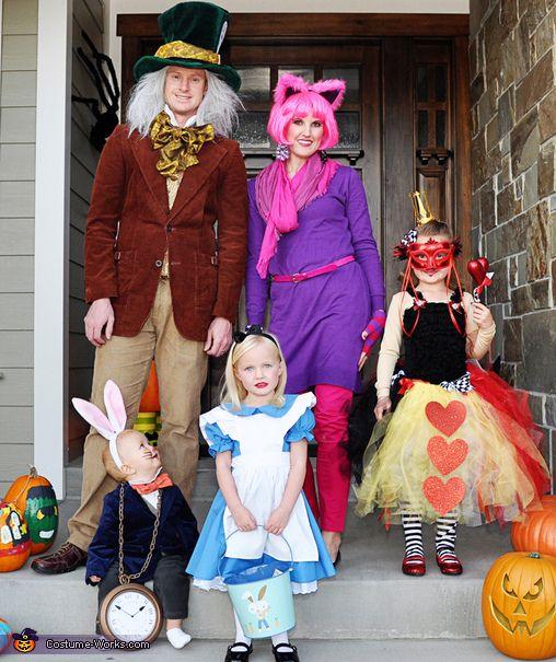 disfraz halloween familia alicia en el país de las maravillas