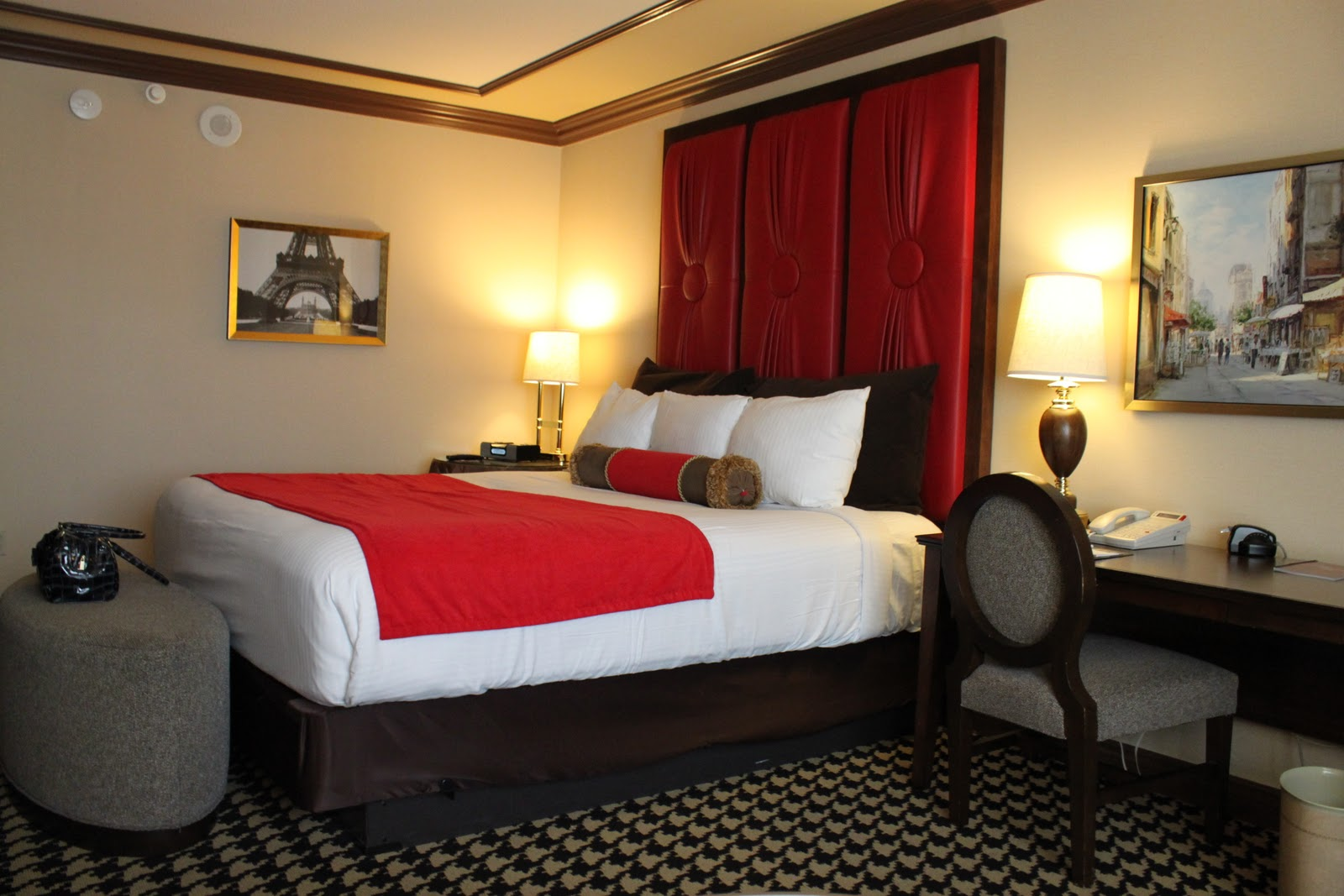 Hayleysmom on vegas paris las vegas hotel red room review with photos - Images of room ...