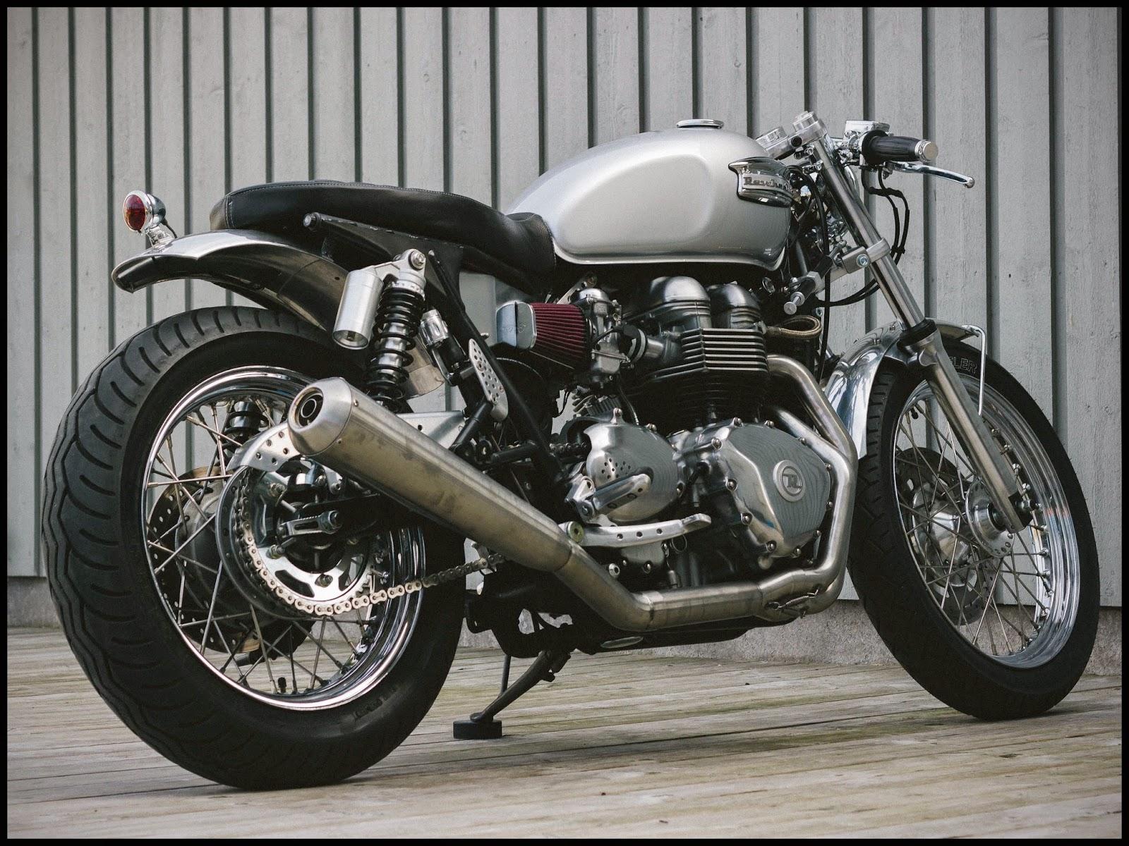 Super Rewheeled #6 Triumph Bonneville - RocketGarage - Cafe Racer Magazine YS59