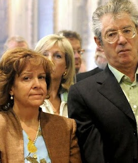 La vera storia della moglie di Bossi, baby-pensionata a 39 anni per mettersi in affari con il governo