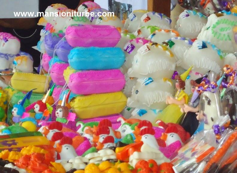 Calaveritas de Azúcar durante la temporada de Día de Muertos en Pátzcuaro