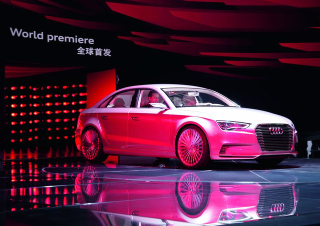audi newz shangai motor show 2011 audi q3 et a3 e tron concept. Black Bedroom Furniture Sets. Home Design Ideas
