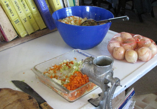 making cole slaw