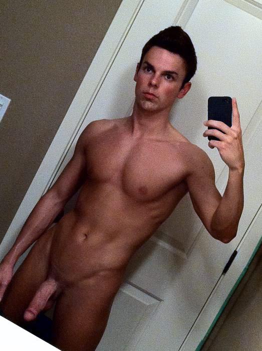 Nude boy mirror selfie