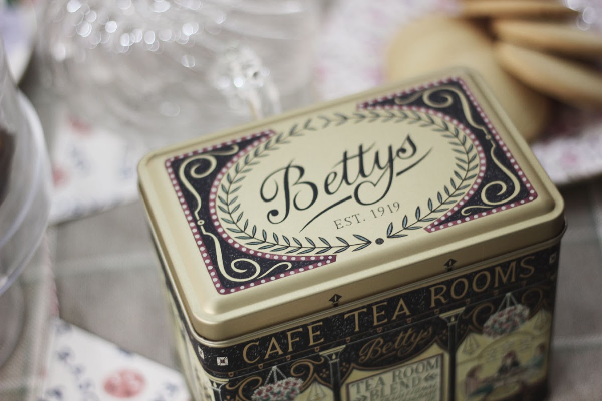 bettys tea party blogger event