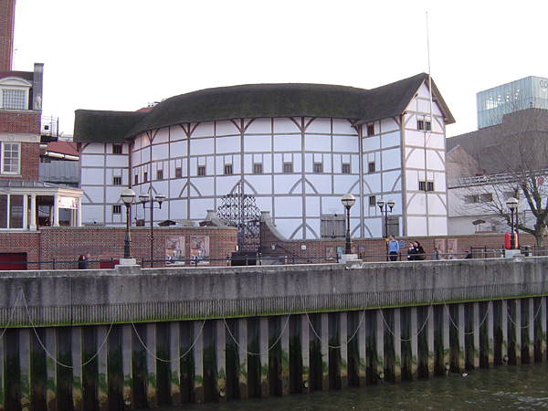 cuthbert burbage and the globe theatre in london Cuthbert burbage,  the globe theatre, life in london and william shakespeare the globe theatre the globe theatre was a theatre in london associated with .