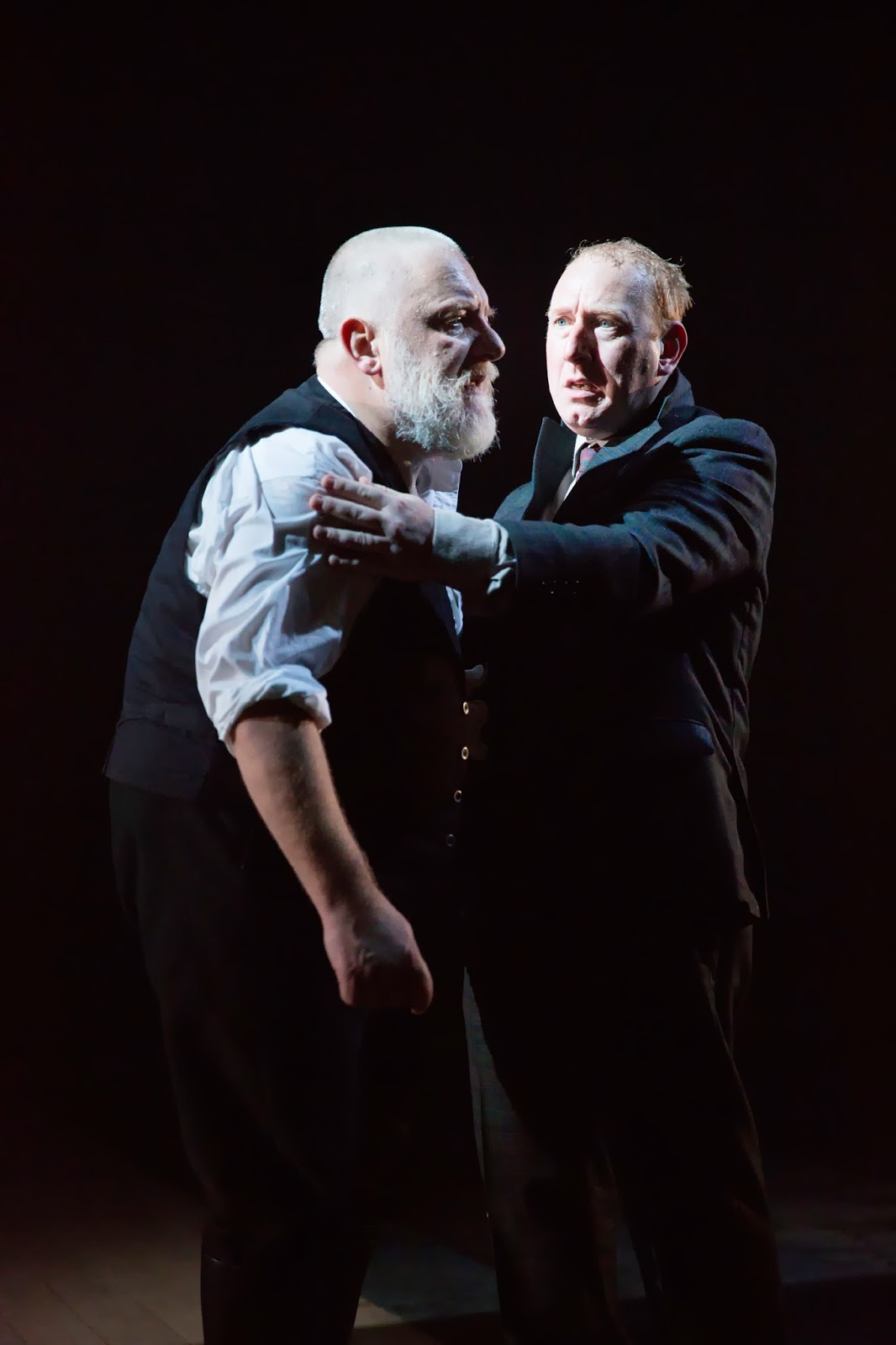 king lear power corrupts The abuse of power in king lear king lear - king of britain goneril power corrupts and absolute power corrupts absolutely.