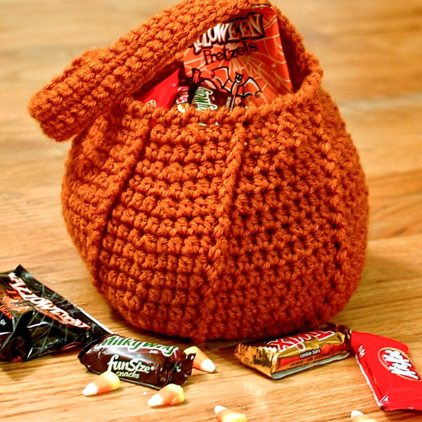 Free Crochet Patterns For Trick Or Treat Bags : Halloween Pumpkin Trick or Treat Crochet Bag Pattern from ...