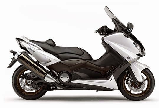 The Yamaha TMAX Review and Specifications