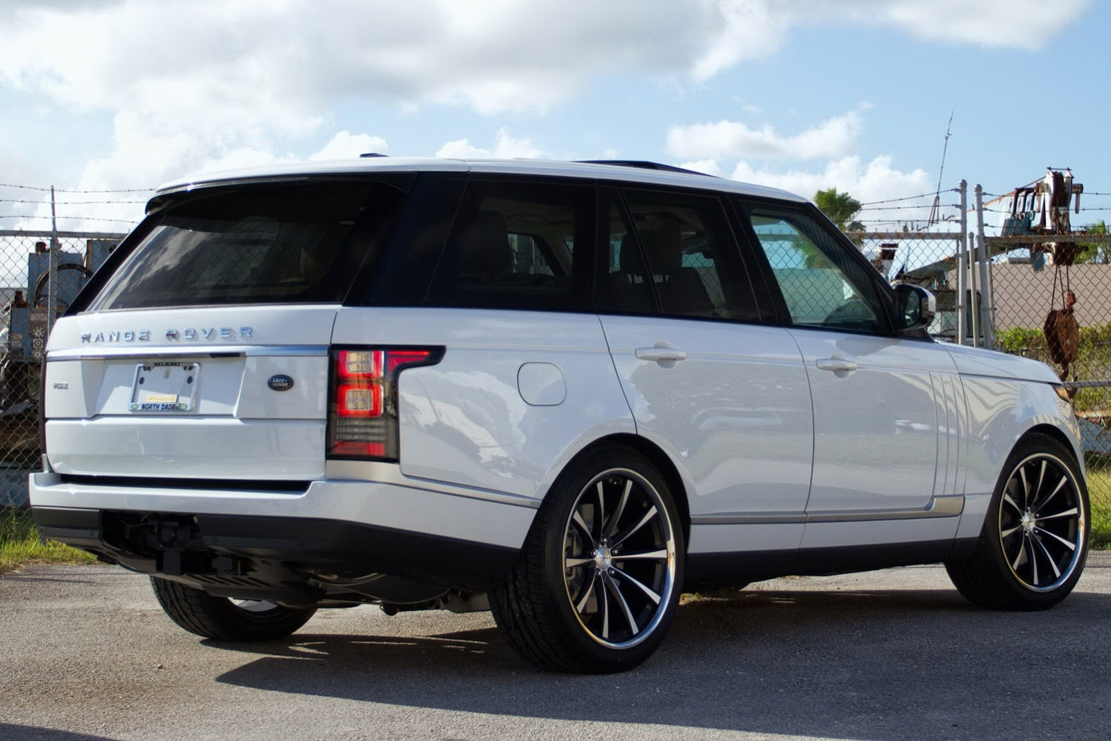 2013 Range Rover Hse Riding On Vossen S Concave 22 Inch Rims