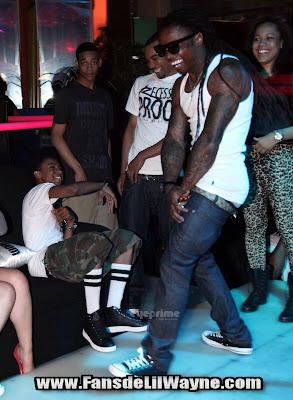 fotos de lil wayne de fiesta en el club king of diamonds