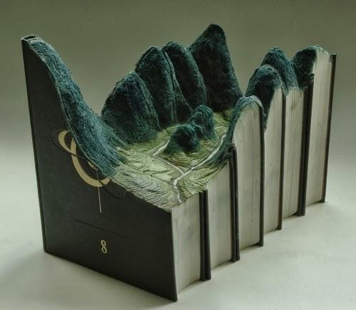 03-Guy-Laramee-Book-Sculptures-Encyclopedias-Dictionaries-www-designstack-co