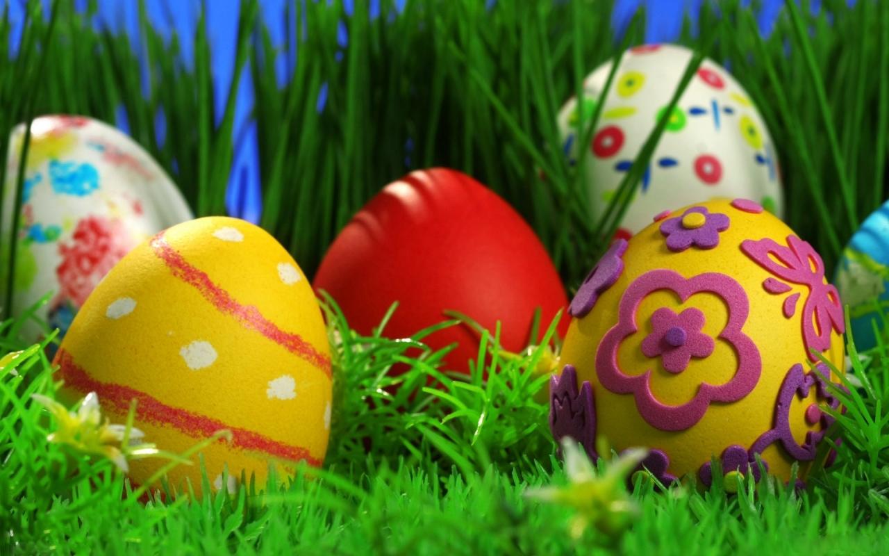 http://1.bp.blogspot.com/-RbBjwa0MuL8/T3HBarCXw8I/AAAAAAAADg8/urB0MmBaFXo/s1600/colorful-easter-eggs.jpg