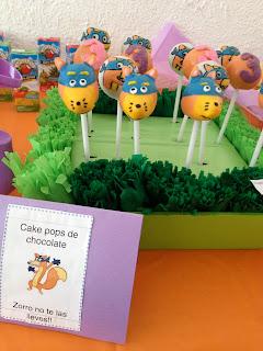 swiper cake pops, cake pops, birthday cake pops, dora cake pops