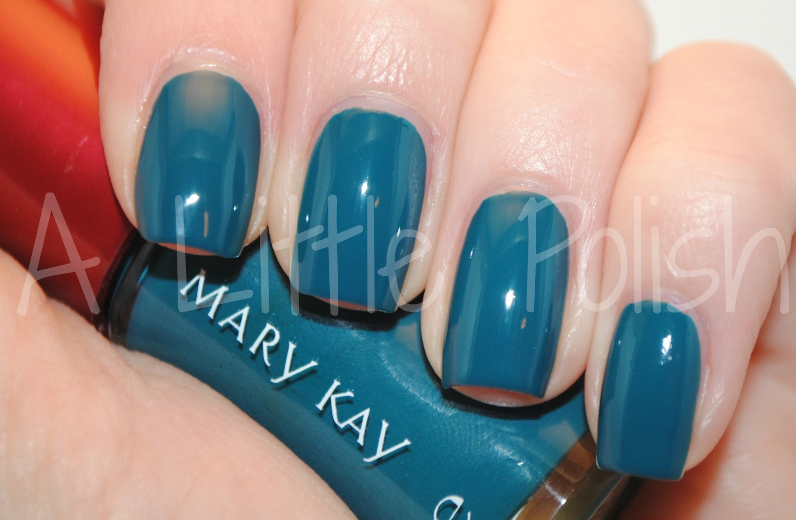 A Little Polish: Mary Kay - Tempting Teal