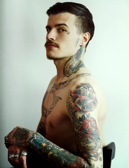Small tattoos for men tattoos art for Little tattoos for guys