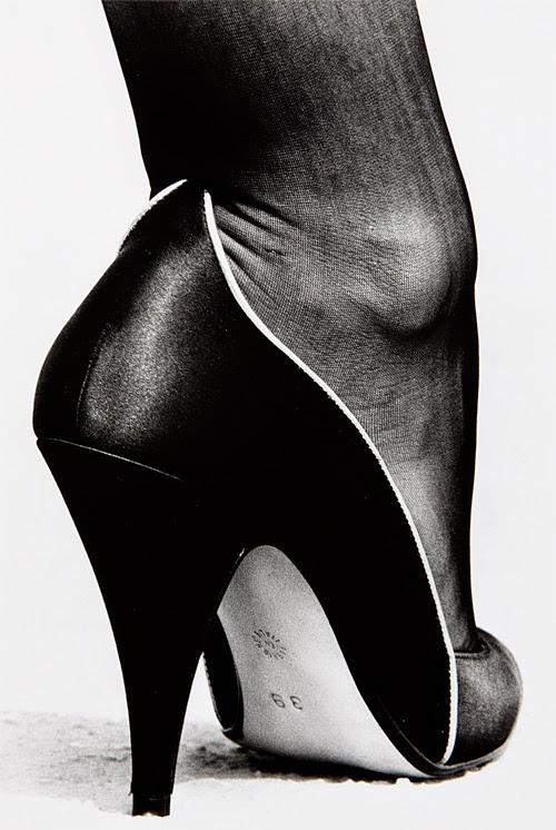 Zapato - Helmut Newton