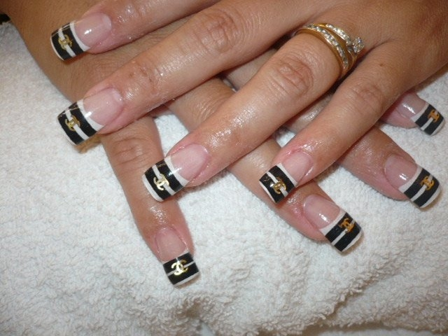 Chanel Nail Tips http://makeup-nailart.blogspot.com/2011/07/hip-nail-art-designs.html
