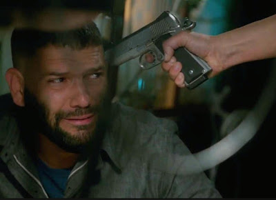 Scandal 4x22 You Can't Take Command Huck