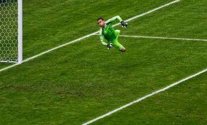 Igor Akinfeev, soccer, Euro 2016 qualifier, Montenegro, Russia