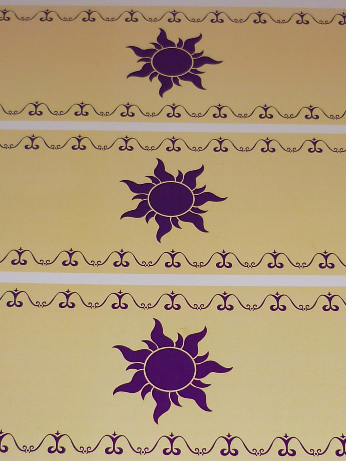 Minimandy. Rapunzel. Tangled. Enredados. Linterna. Luces Flotantes. Sol. Guirnaldas. Papel.